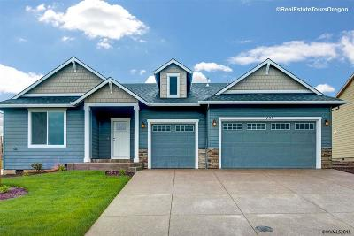 Sublimity Single Family Home For Sale: 450 Belgian St