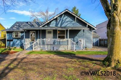 Salem Single Family Home For Sale: 845 Gaines St