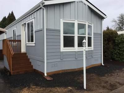 Dallas Manufactured Home For Sale: 450 SE Lacreole (#122) Dr #122