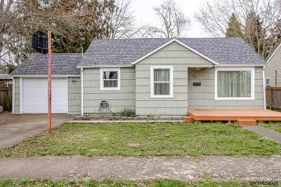 Lebanon Single Family Home For Sale: 469 W Sherman St