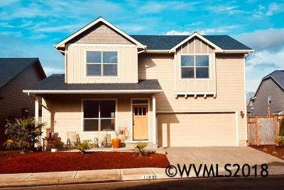 Keizer Single Family Home Active Under Contract: 1189 Harbour Ln