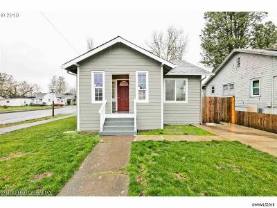 Salem Single Family Home For Sale: 355 Columbia St