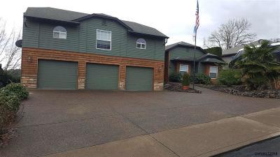 Dallas Single Family Home For Sale: 2465 SW Oakwood Dr