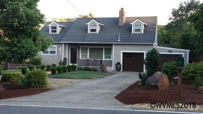 Salem Single Family Home For Sale: 602 Ewald S Av