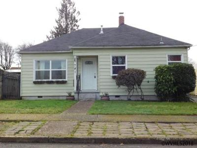 Dallas Single Family Home Active Under Contract: 781 SW Washington St