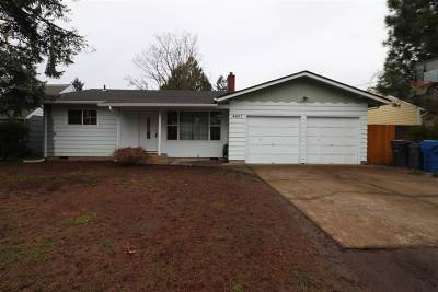 Keizer Single Family Home Active Under Contract: 4627 Clark Av