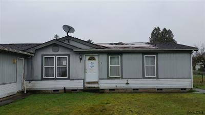 Stayton Single Family Home Active Under Contract: 1525 N Cecilia Ct