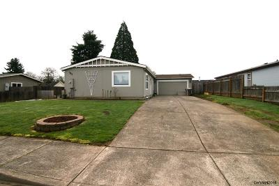 Dallas Manufactured Home Active Under Contract: 563 SE Pine St