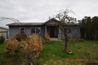 Scio Single Family Home For Sale: 38643 SE Cedar St
