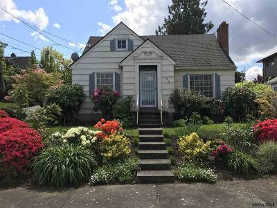 Salem Single Family Home For Sale: 340 Jerris Av