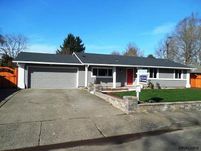 Keizer Single Family Home Active Under Contract: 1425 Garden Ct