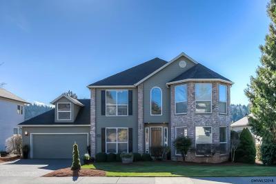 Salem Single Family Home For Sale: 854 Creekside Dr