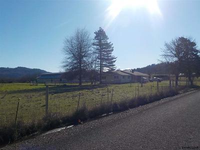 Scio Single Family Home Active Under Contract: 38507 Franklin Butte Rd