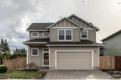 Keizer Single Family Home For Sale: 1140 Harbour Ln