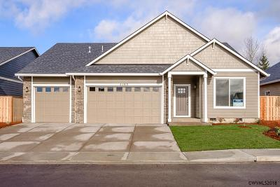 Aumsville Single Family Home For Sale: 9950 Deer (Lot #10) St