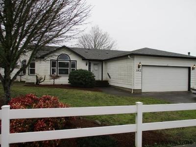 Dallas Manufactured Home For Sale: 142 SW Oregon Trail Dr