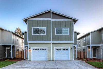 Salem Multi Family Home For Sale: 1156/1158 Mariel Pl