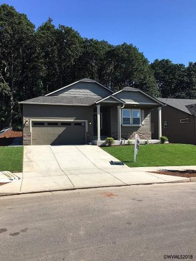 Albany Single Family Home For Sale: 2261 Bloom Ln