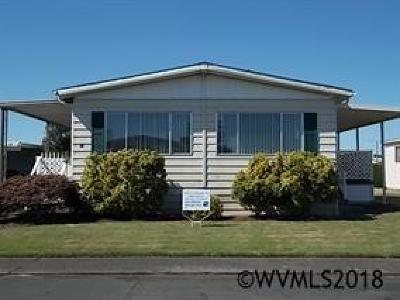 Salem Manufactured Home Active Under Contract: 5422 Portland (#24) Rd #24