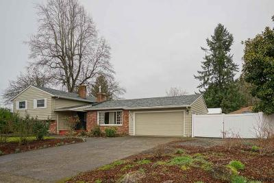 Salem OR Single Family Home For Sale: $330,000