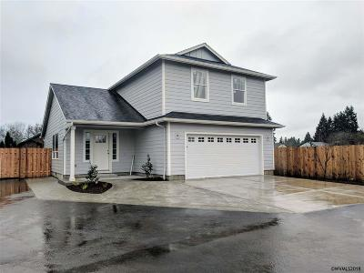 Salem Single Family Home For Sale: 4725 Cedrus Ln