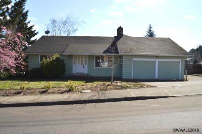 Salem OR Single Family Home For Sale: $335,000