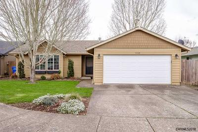 Keizer Single Family Home For Sale: 5260 Woodwind Ct