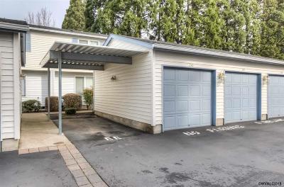 Salem Condo/Townhouse For Sale: 4792 Lancaster Dr
