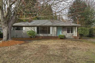 Salem Single Family Home For Sale: 3089 Livingston St
