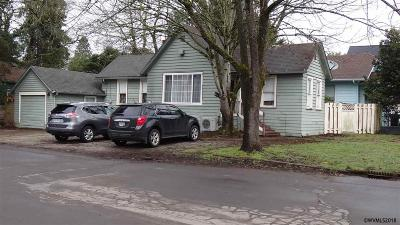 Salem OR Single Family Home For Sale: $135,000