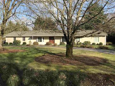 Aumsville Single Family Home For Sale: 7930 Stone Field Ct