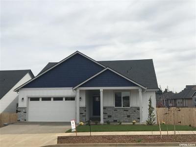 Salem Single Family Home For Sale: 5756 Mt Vernon St