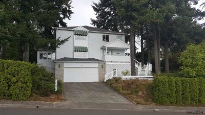Keizer Single Family Home For Sale: 995 Fir Cone Dr