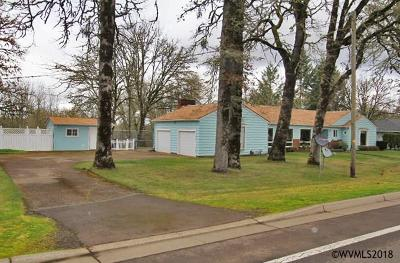 Dallas Single Family Home For Sale: 1924 SE Miller Av