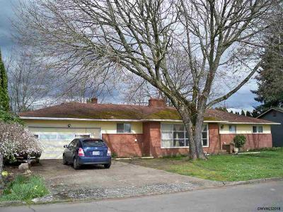 Salem OR Single Family Home For Sale: $224,900