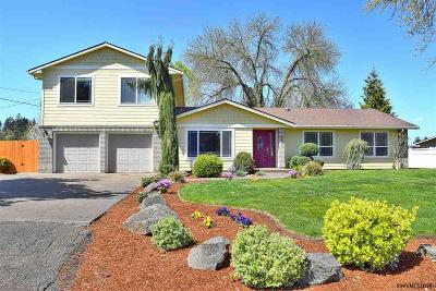Keizer Single Family Home For Sale: 8059 Suffolk Rd