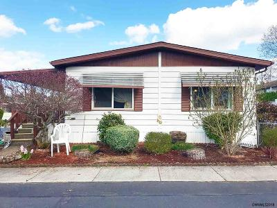 Keizer Manufactured Home For Sale: 5355 River (#104) Rd #104