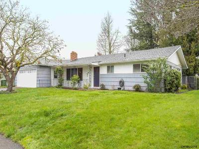 Keizer Single Family Home Active Under Contract: 625 Plaza Del Rey