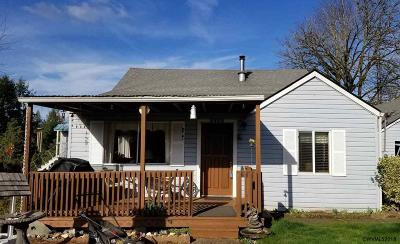 Lyons Single Family Home For Sale: 1711 Main St