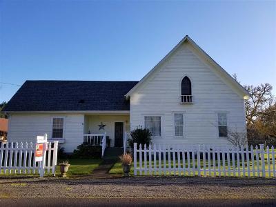 Scio Single Family Home For Sale: 39046 SE 2nd Av