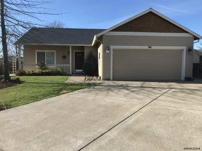 Aumsville Single Family Home For Sale: 941 Highberger Lp