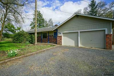 Aumsville Single Family Home For Sale: 8254 West Stayton Rd