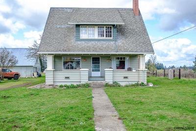 Lebanon Single Family Home For Sale: 41465 Lacomb Dr