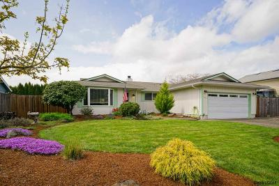 Keizer Single Family Home For Sale: 5623 Klicitat Dr