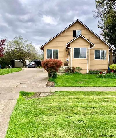 Woodburn Single Family Home For Sale: 1028 N 2nd St