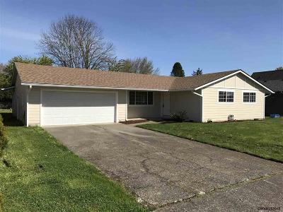 Salem Single Family Home For Sale: 4076 47th Av