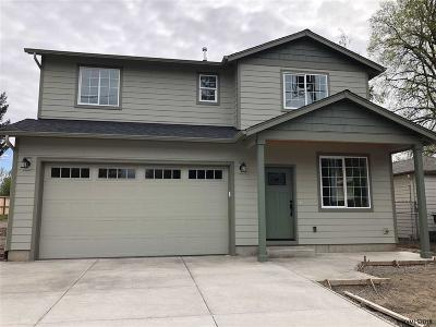 Keizer Single Family Home For Sale: 5080 Chehalis Dr