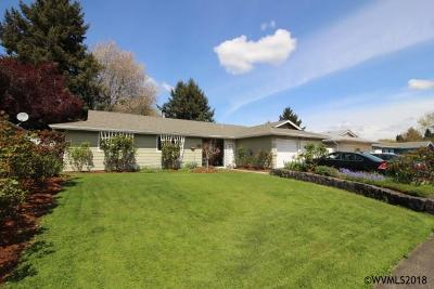 Keizer Single Family Home For Sale: 4764 Riverwood Dr
