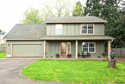 Keizer Single Family Home For Sale: 4949 Wolf St
