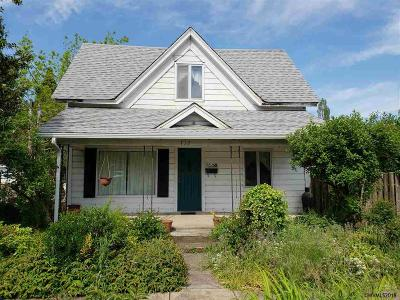 Independence Multi Family Home Active Under Contract: 712 N Main St